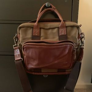 WILL Leather Goods Messenger Bag